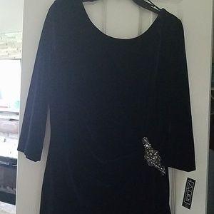 Velvet dress with embellished stash